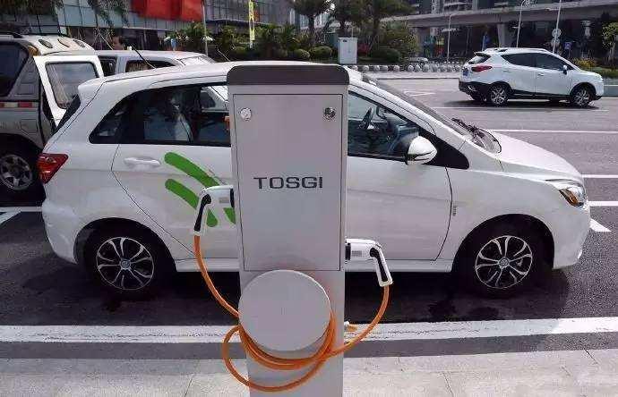 日本汽车业的混合动力技术(特别是丰田和本田)在全球就处于绝对领先