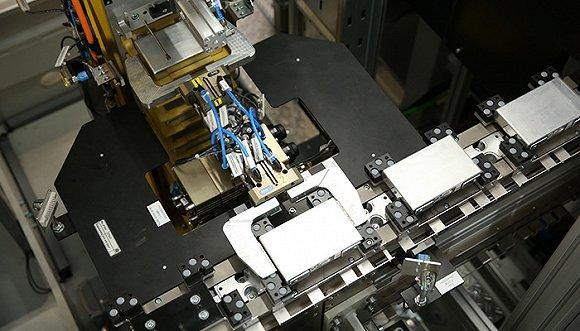 现场揭秘|在沈阳华晨宝马动力电池中心发现全新530le的许多秘密