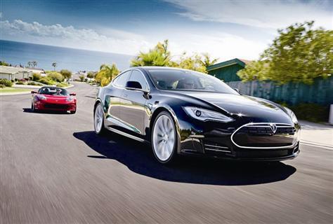 下调二氧化碳排放上限将会对发展电动汽车产业产生强而有力的激励.