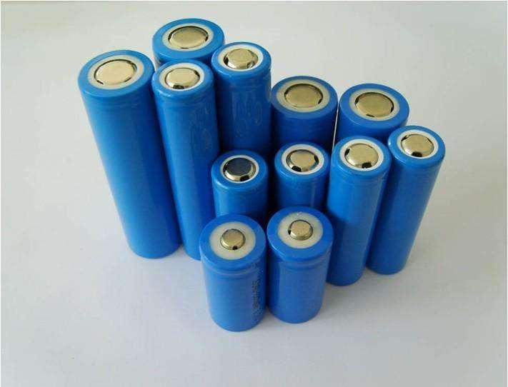 合格的移动电源往往对18650到电路板的导体进行多重